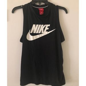 Nike Muscle Tank